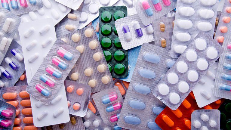Dossier – Peut-on réguler les dépenses de santé?